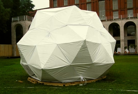 assemblage de parapluies